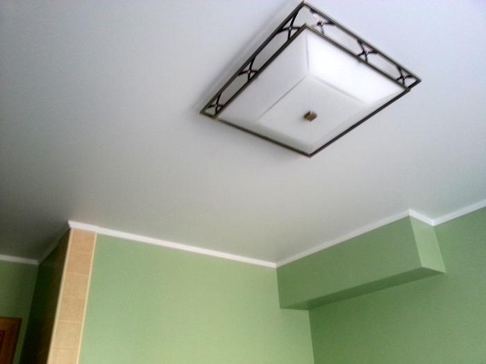 Фото натяжных потолков №Натяжной потолок на кухне