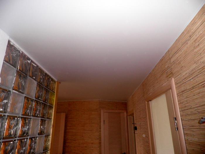 Фото натяжных потолков №Потолок в коридоре. п. Малаховка